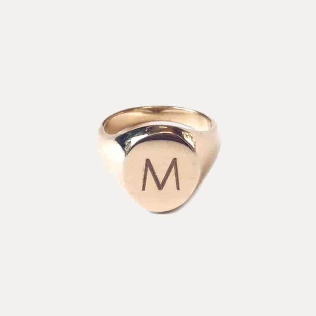 gouden initial ring