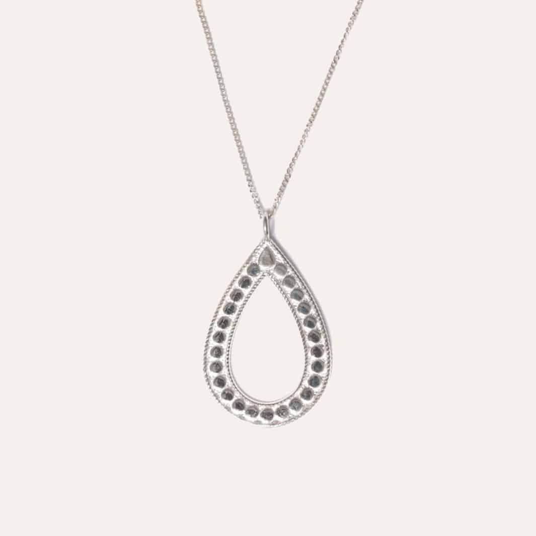 Ketting met ovale hanger zilver
