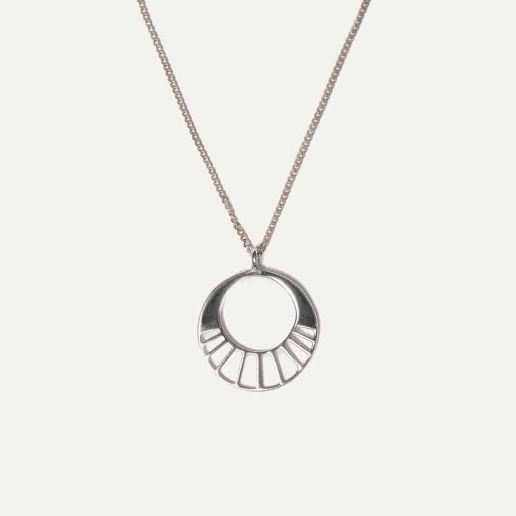 Minimalistische ketting met simpel ronde hanger zilver
