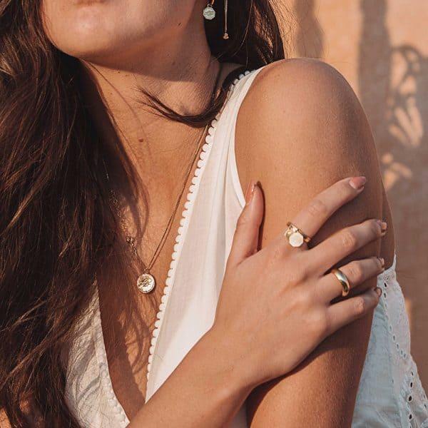Simpele minimalistische ring goud