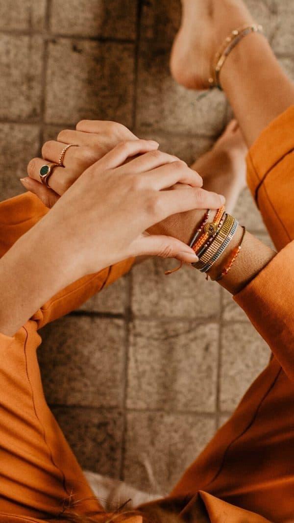 Legergroene armband met goud