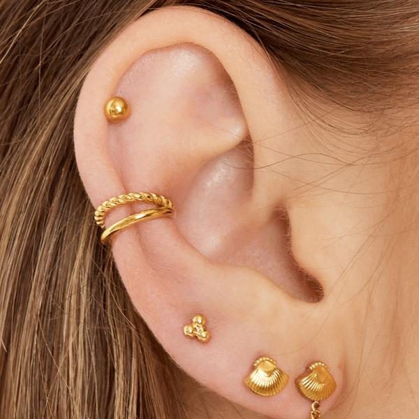 hoe draag je een earcuff